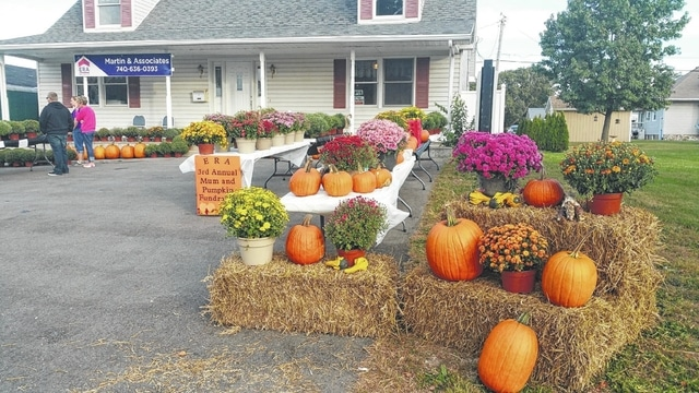 The Well at Sunnyside has been busy this summer helping kids with meals and is looking forward to a few events coming in the next couple of months. The Well has also invited the community to take part in the Mum and Pumpkin sale in front of ERA Martins and Associates that will benefit a few local organizations including The Well. This will be held today from 9 a.m. until 1 p.m.