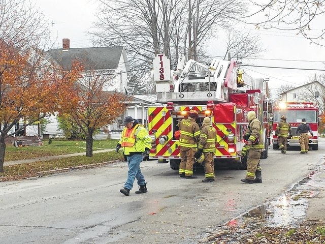 A female victim reported that the four occupants, including two children, were able to ecscape through an upstairs window. The Washington Fire Department, Washington Police Department, American Red Cross, Fayette County Water and Sewer, and DP&L responded to the scene.