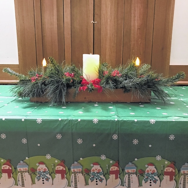 The Deer Creek Daisy Garden Club recently celebrated an early Christmas at the School House at the fairgrounds.