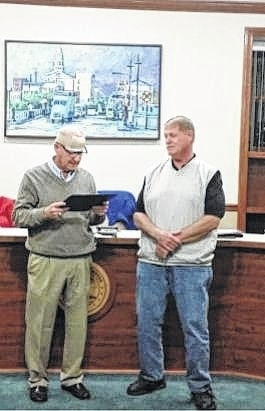 City Council Chairman Dale Lynch congratulated Jim Heath on his 31 years of service to the City of Washington Court House.