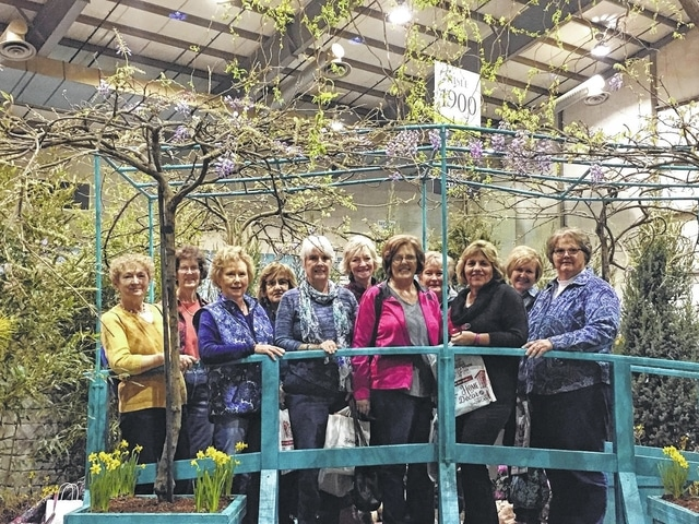 The Deer Creek Daisies Recently Traveled To Columbus To Visit The Columbus  Dispatch Home And Garden