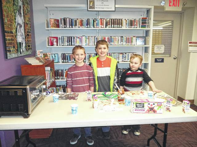 Quick cooking for kids at the Carnegie Library! Tortilla pizzas were enjoyed and kids were learning how to make home-cooked snacks to satisfy the after-school tummy grumbles.