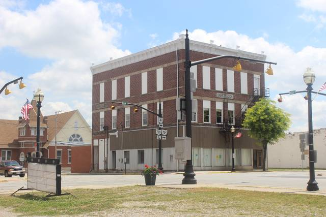 The traffic light was removed at the intersection of High and Main streets in Jeffersonville.