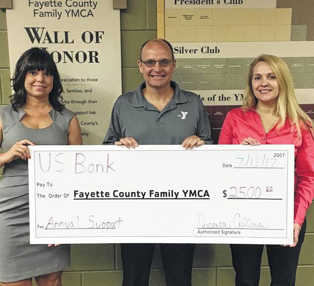 U.S. Bank recently donated $2,500 to the Fayette County YMCA with their Foundation. Pictured (L to R): Jessica Colburn (U.S. Bank), Doug Sanders (YMCA), and Kelli Brown (U.S. Bank).