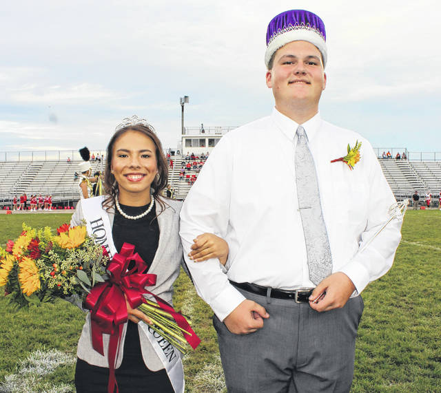 The Miami Trace High School celebrated their 2017 Homecoming Friday night during the football game against the Jackson Ironmen. As the homecoming court was introduced during the pregame festivities, the Homecoming Queen and King, Dyamin Baker and Dylan Page, spoke to the crowd thanking them for attending the game and wishing the Panthers luck against their opponent.