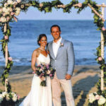 Davis, Metz have beach wedding
