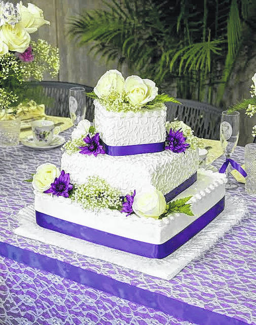 The wedding cake at Jeriah and Esther's wedding.
