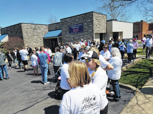 A large crowd gathered at Merchants National Bank in Washington Court House Sunday for the annual Hike for Hospice. Many different residents joined in the event to show support for Hospice of Fayette County.