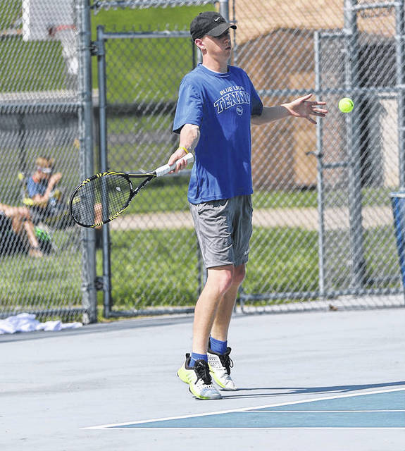 Washington's Jordan Behm competes in the Division II Sectional tournament in Portsmouth.