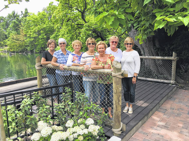 For their June meeting, the Deer Creek Daisies made a visit to the Botanical Gardens at the Cincinnati Zoo.