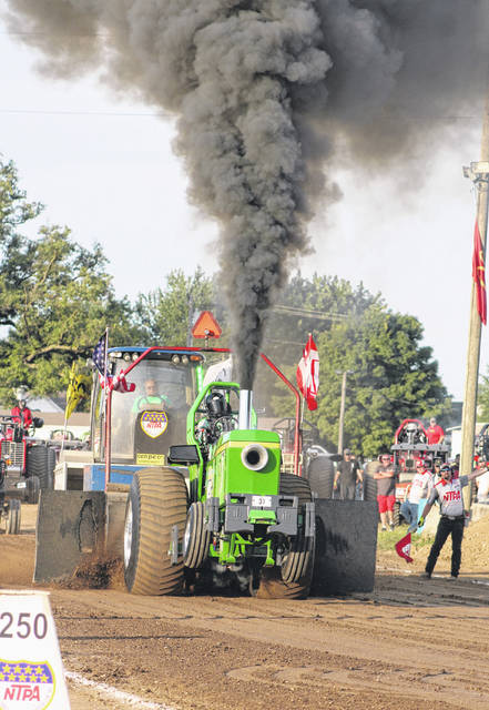 NTPA truck and tractor pull energizes fair-goers - The