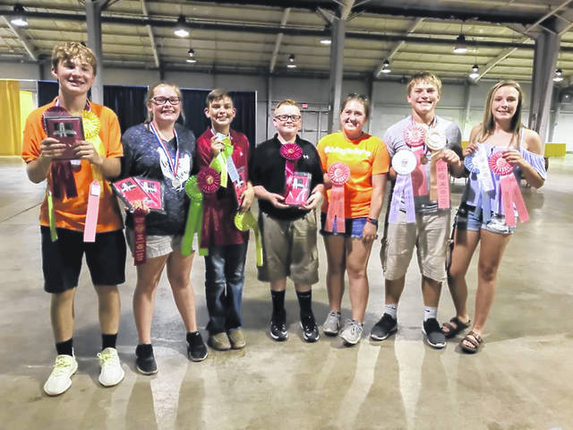 Students from Miami Trace recently participated in the Ohio State Fair Poultry Judging Contest. Pictured: Drew Black, Jenna Goddard, Connor Collins, Jonah Goddard, Aubrey Schwartz, Bryce Bennett, and Libby Aleshire.