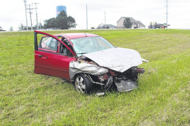 Two injured in US 22 accident - The Record Herald